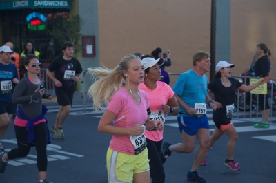 I had to throw this one in there to show you how awkward a runner I am (I'm way off on the right)