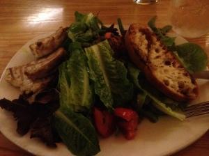 I got the Tuna Nicoise salad (no egg, no olives)