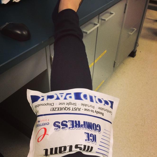 leg injury ice pack